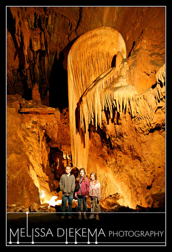 Small_0405_caves02