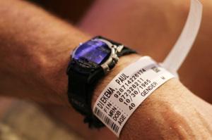 Paul_hospital_bracelet_1