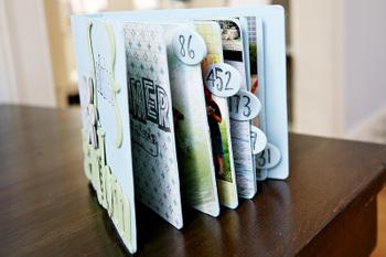 Small_advice_book_02
