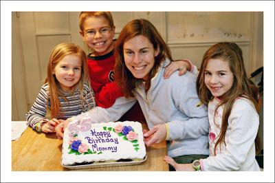 Small_mel_bday_cake_kids_1